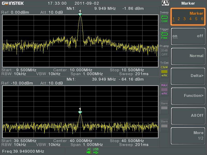 Spilt Windows display. 10MHz signal (top) and its 4th harmonic (bottom)